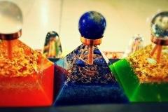 Pyramidy s koulí